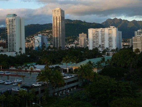 Hale Koa Hotel: City view