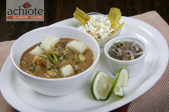 Un exquisito encebollado fotograf a de achiote ecuador for Achiote ecuador cuisine