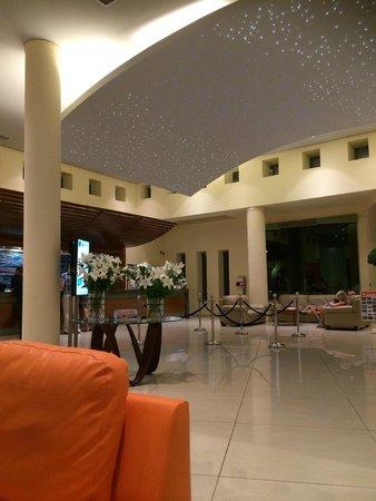 Blue Lagoon Resort: Reception