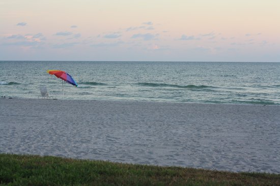 SeaHorse Beach Resort: Evening view from patio of unit 227