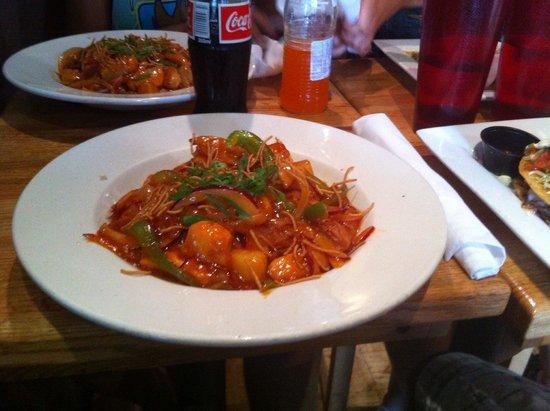 Georgina's: Hot and sour chicken