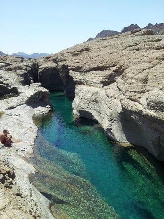 Hatta Rock Pools: HATTA - PISCINAS ¡VAYA TRANSPARENCIA Y COLOR!