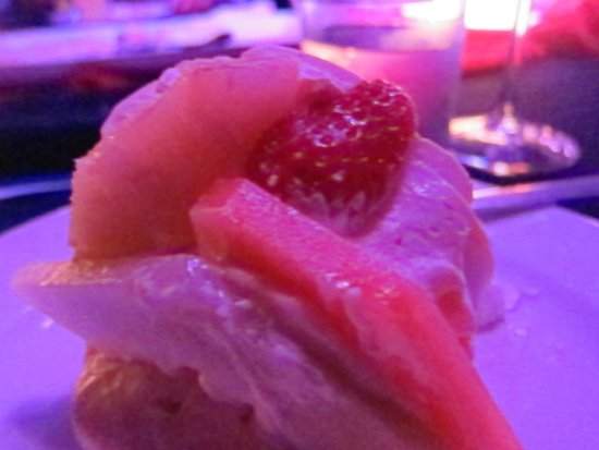 Flames of the Forest, pavlova and fruit