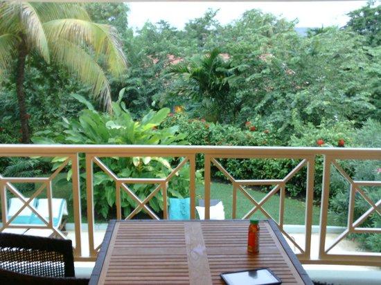 Sandals Ochi Beach Resort: Hillside Butler Suite Top Floor 1