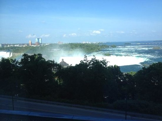 Niagara Falls Marriott Fallsview Hotel & Spa: View of falls from our room.