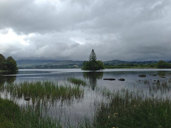 Lough Eske Castle, a Solis Hotel & Spa: Lough Eske near the hotel