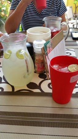 Cha Cha's Kitchen: Fresh drinks