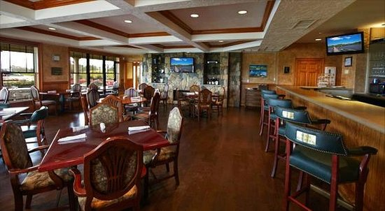Bunker's Grille of The Currituck Club