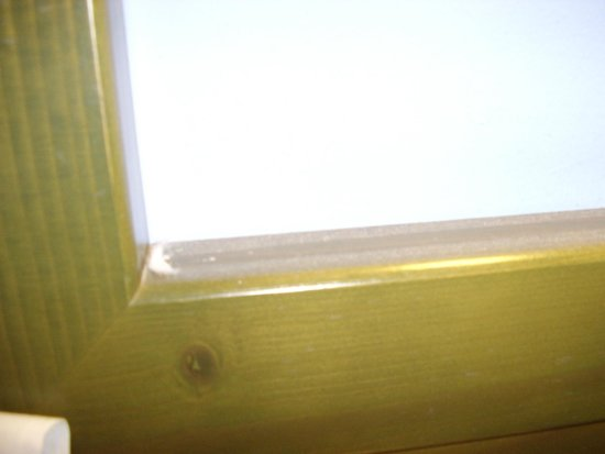 Vacances Menorca Resort: I ran my finger along the top of my headboard - the collection of dust is visible!