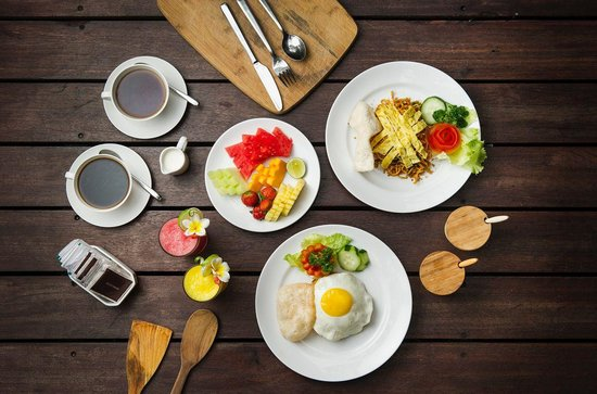 Chandra Luxury Villas Bali : Indonesia Breakfast