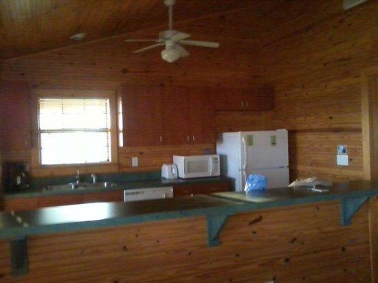 Lake Louisa State Park Camping & Cabins : Kitchen