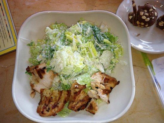 The Cheesecake Factory: Blah GF Chicken Caesar Salad