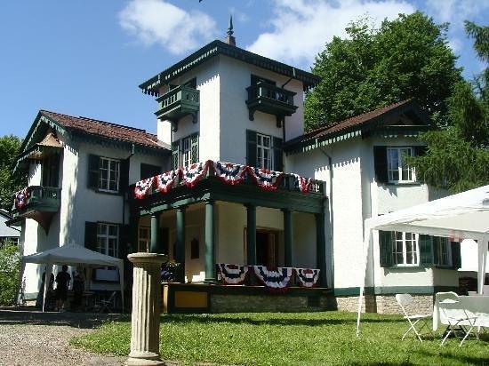 Bellevue House National Historic Site : Bellevue House Kingston