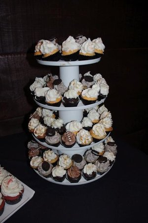 Above and Beyond Cupcakes & Cafe: mini cupcakes - various flavors