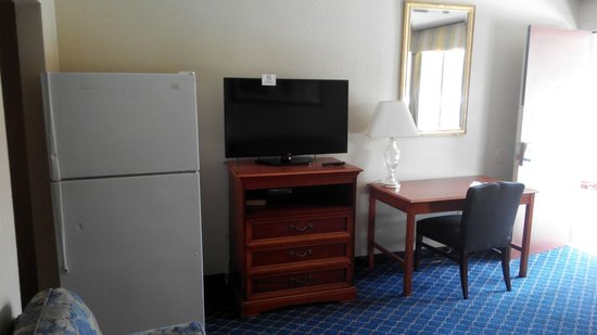 Americas Best Value Inn And Suites- Odessa: basics