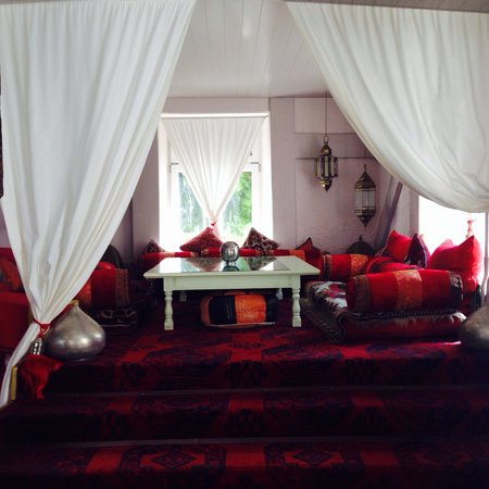 Tchopan: Sehr schönes Ambiente und gemütliche Sitzmöglichkeit