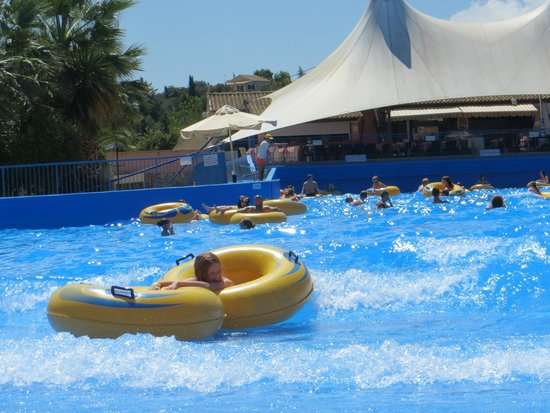 Aqualand Resort: Wave pool (in hotel not the waterpark)