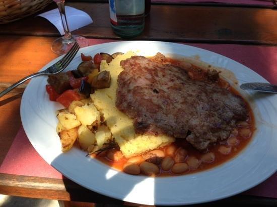 Baita Garba: polenta fagioli lucanica..spettacolo