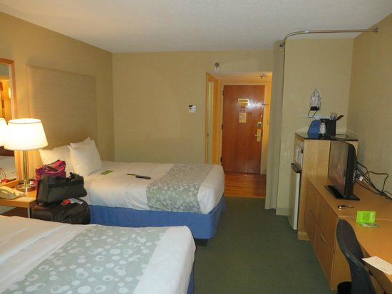 La Quinta Inn & Suites Coral Springs South: Bedroom