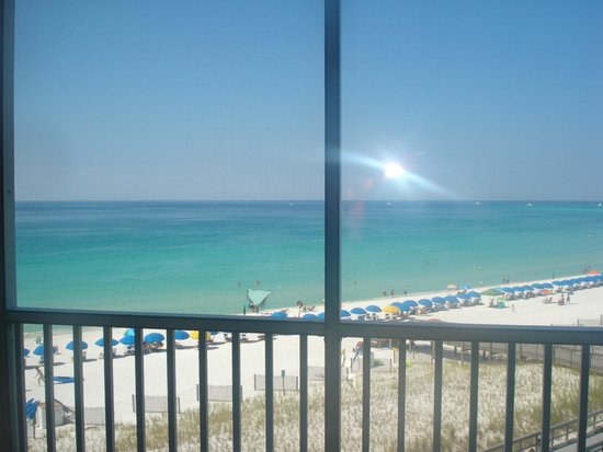 Holiday Surf & Racquet Club: View from patio
