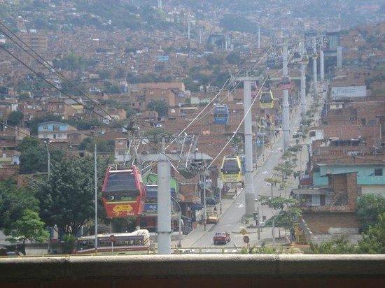 Medellin Metrocable: Hacia el progreso