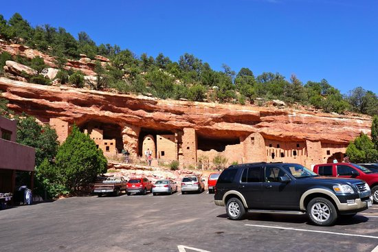 Manitou Cliff Dwellings: From the parking lot