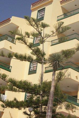 Laguna Park 1: Balcony