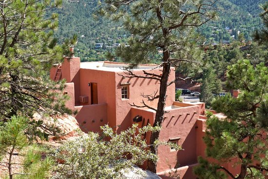Manitou Cliff Dwellings: Museum