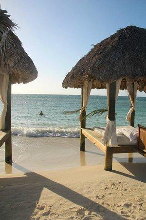 Sandals Montego Bay: Relaxando na praia