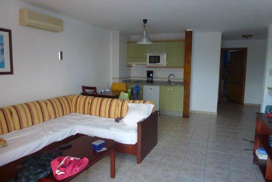 Hotel Floresta: Wohnbereich mit Kochzeile