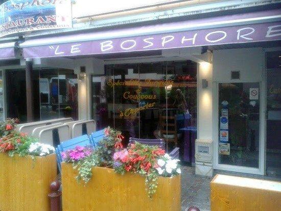 Le bosphore thonon les bains 32 rue des granges restaurant avis num ro de t l phone - Restaurant port de thonon ...