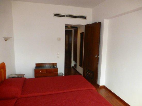 Arethusa Hotel: HABITACION PUERTA DE ACCESO