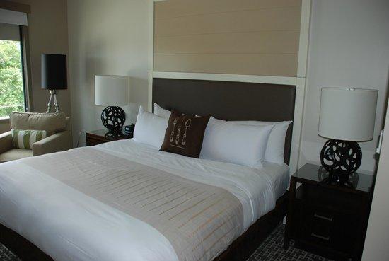 Epicurean Hotel, Autograph Collection: Hotel Bed