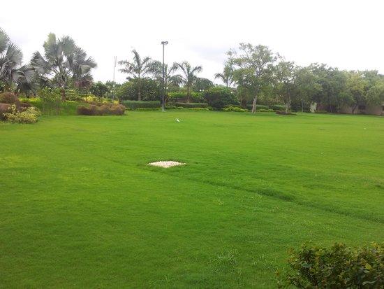 Madhubhan Resort & Spa: committee