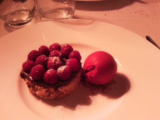 21 Boulevard : Magnifique tarte nutella framboise!
