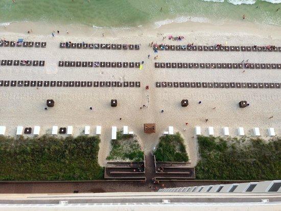 Tidewater Beach Resort : Calm before the storm....