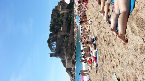 Playa Grande: Gran Platja on a lazy summer's day in July