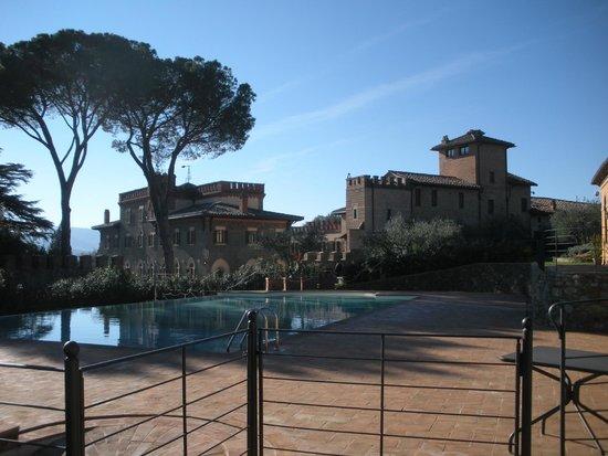 Borgo Dei Conti Resort: Pool area