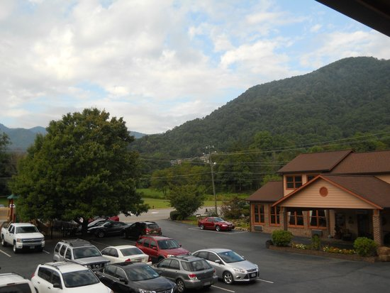Photo of Jonathan Creek Inn and Villas Maggie Valley