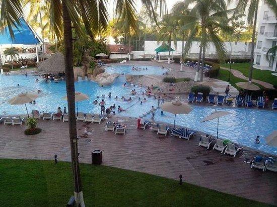 Vamar Vallarta All Inclusive Marina and Beach Resort: Vista desde la habitacion.