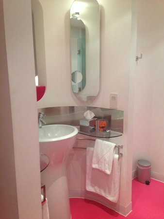 My Brighton: Bathroom
