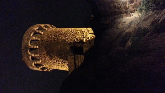 Vila Vella (Old Town) : At night the area is illuminated and the towers look magical