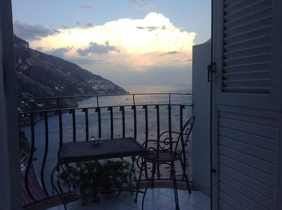 Hotel Villa Franca: Clearing thunderstorm and sunset from our hotel room