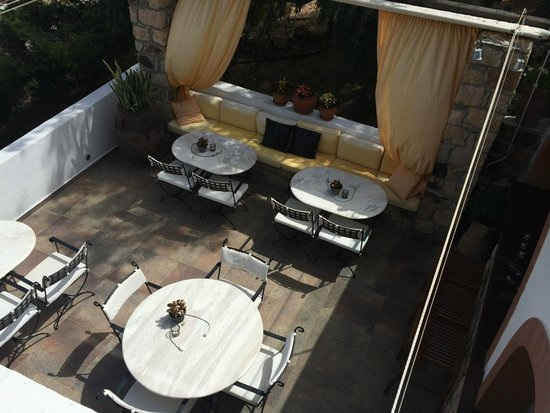 Petra Hotel & Suites : Dining Area - Outdoors