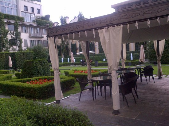 Grand Visconti Palace: giardino