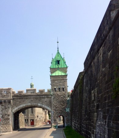 Old Quebec : Walled city!