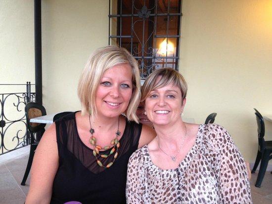 Pizzeria Perhonen : Mijn vriendin uit Solferino en ik