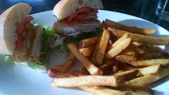 Kalaheo Cafe & Coffee Company: Fresh Island Catch Sandwich