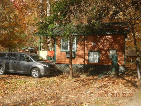 Cherokee / Great Smokies KOA: studio cabin 380