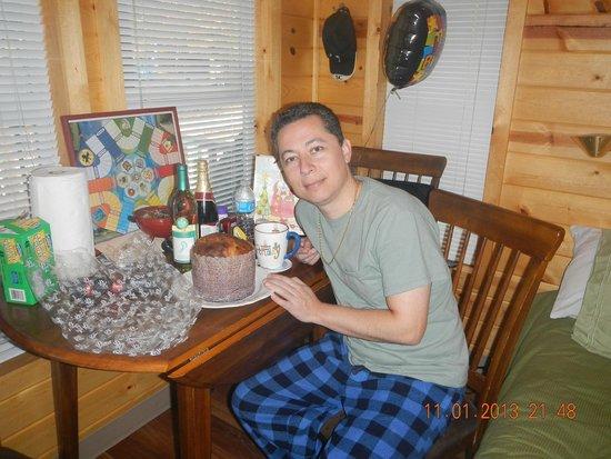 Cherokee / Great Smokies KOA: Birthday surprise
